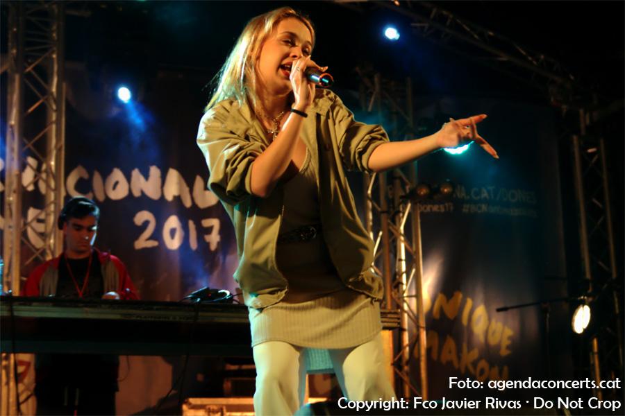 Bad Gyal, actuant als concerts del Dia Internacional de la Dona 2017 a Nou Barris (Barcelona).