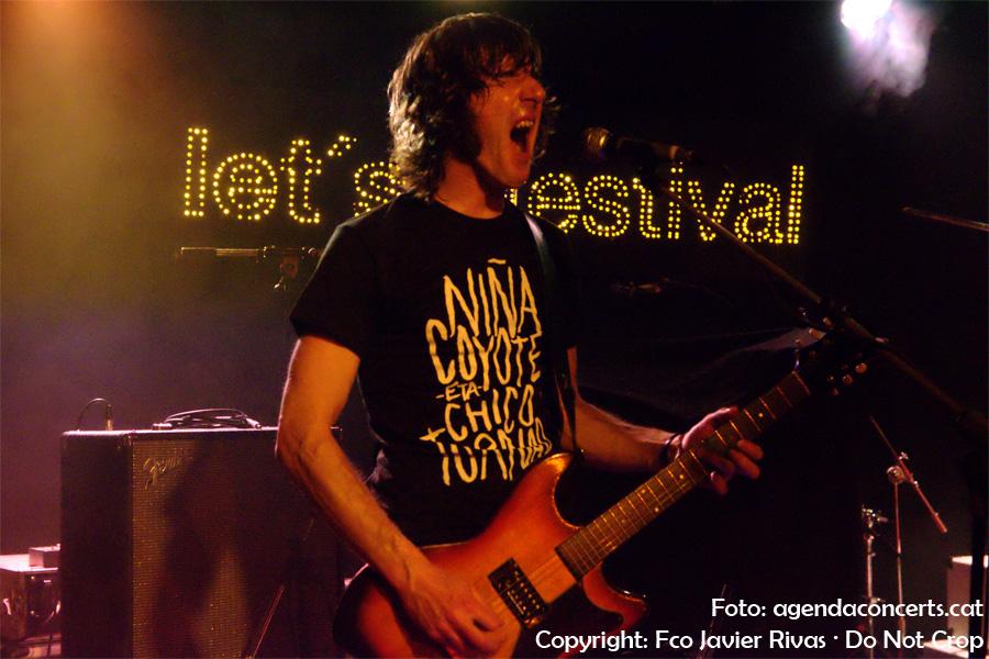 Niña Coyote eta Chico Tornado, actuant al Let's Festival 2017 .