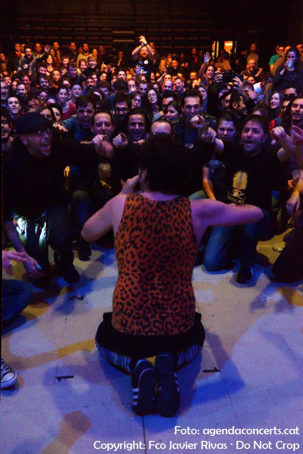 Mateólika, actuant a l'Ateneu Popular de 9 Barris de Barcelona en el 40é aniversari del centre.