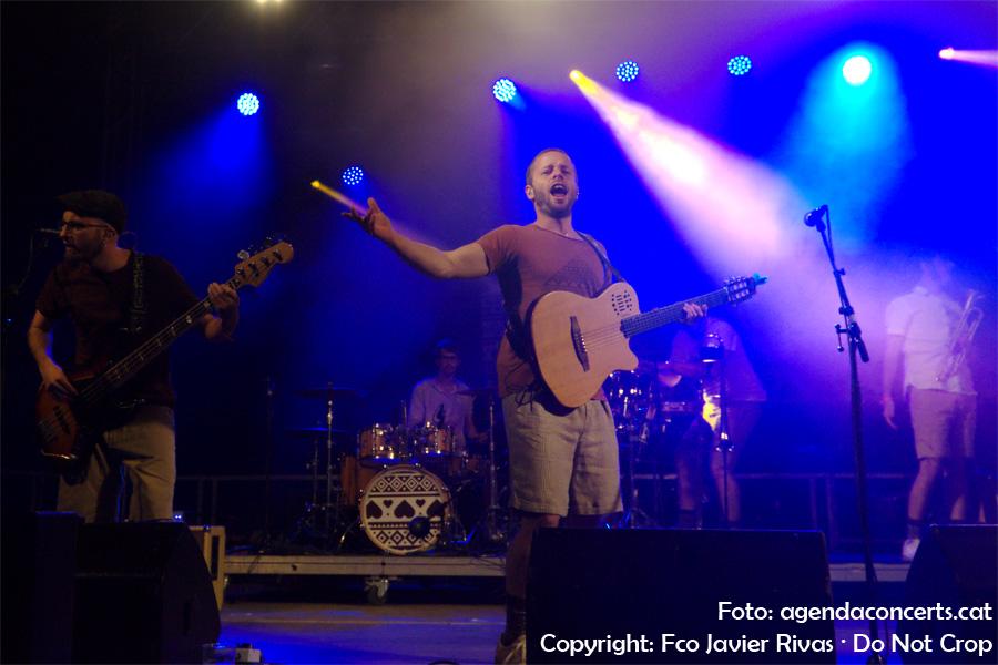 El grup festiu Oques Grasses, actuant a la Festa Major de Sant Boi de Llobregat 2017.