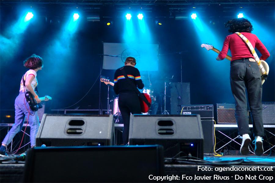 Les Mourn, actuant a l'Amic Fest 2017 de Cerdanyola del Vallès.