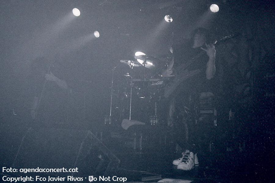 Trey Azagthoth, guitarrista solista de Morbid Angel, actuant a la sala Razzmatazz de Barcelona.