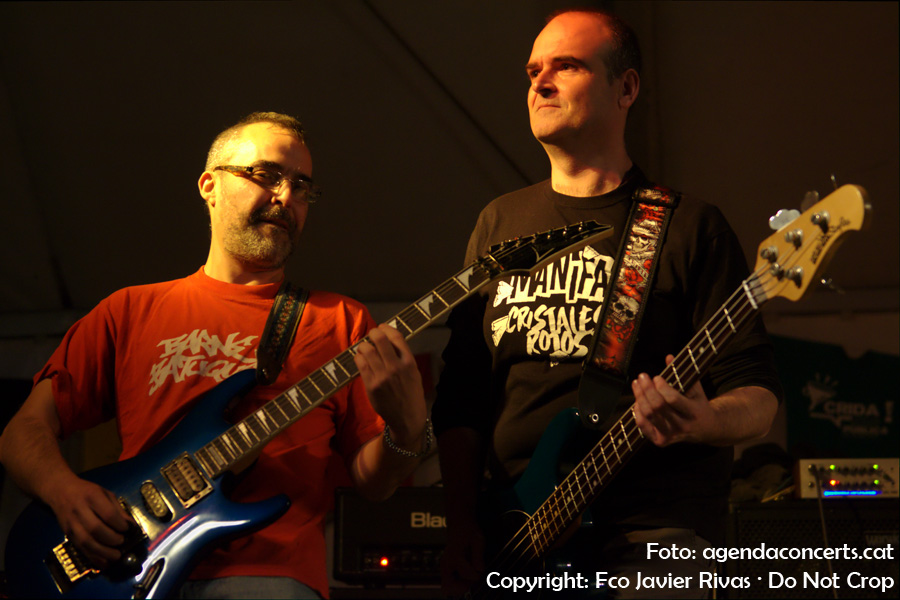 El grup punk Último Rekurso, actuant a la carpa Impuríssima dins el marc de la Fira de la Puríssima 2016 de Sant Boi de Llobregat.