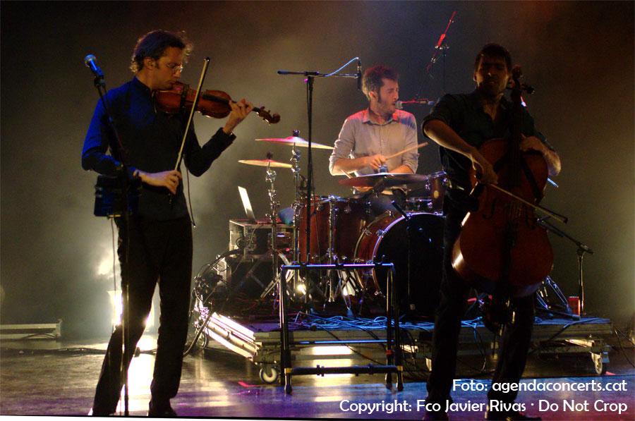 El grup Blaumut, actuant al Festival Altaveu de Sant Boi de Llobregat 2016.