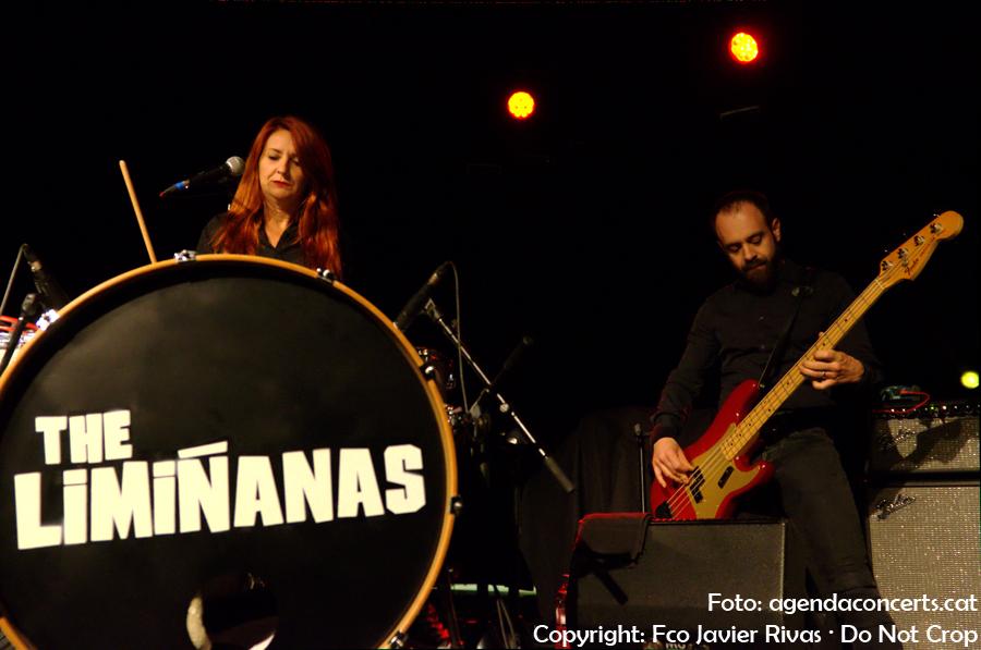The Limiñanas, actuant al Festival Altaveu 2017 de Sant Boi de Llobregat.
