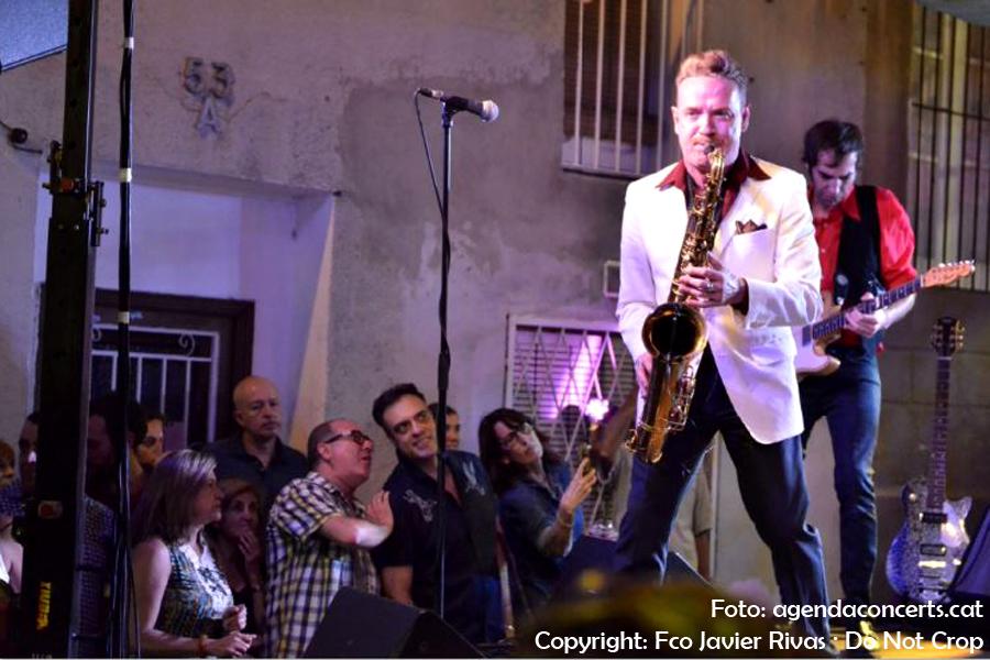 Dani Nel•lo y Los Saxofonistas Salvajes, actuant a la Festa Major de Gràcia 2017