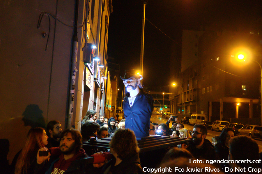 Segona processó Lemmyssyou pels carrers de Barcelona.