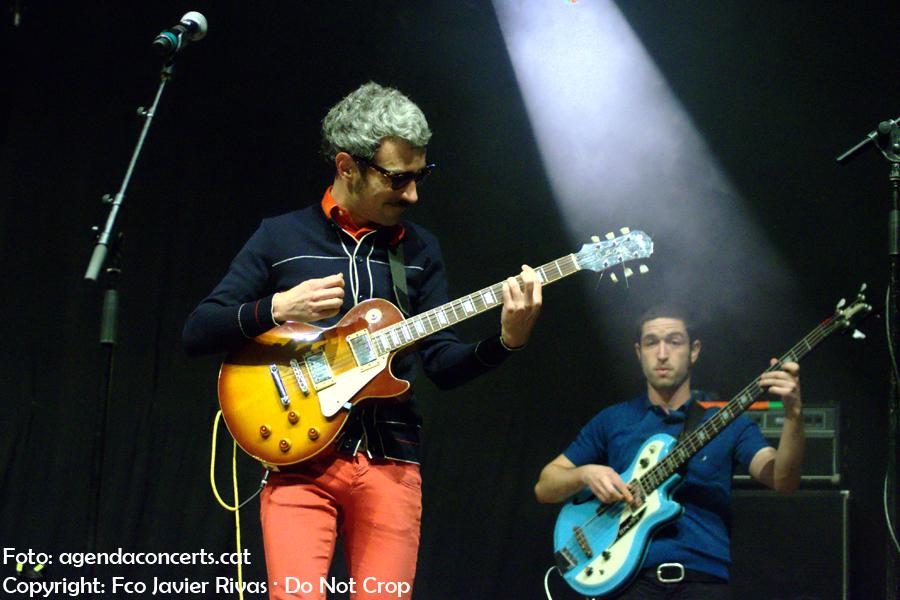 Los Retrovisores, actuant al Moll de la Fusta durant la Festa de La Mercè 2017.