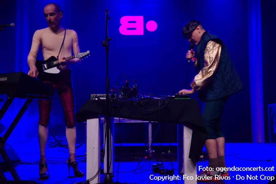 Hidrogenesse, actuant al Festival Cara·B de Barcelona.