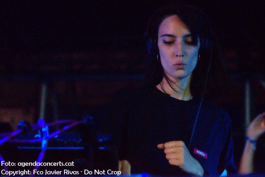 Amelie Lens, actuant al festival DGTL 2018 de Barcelona.