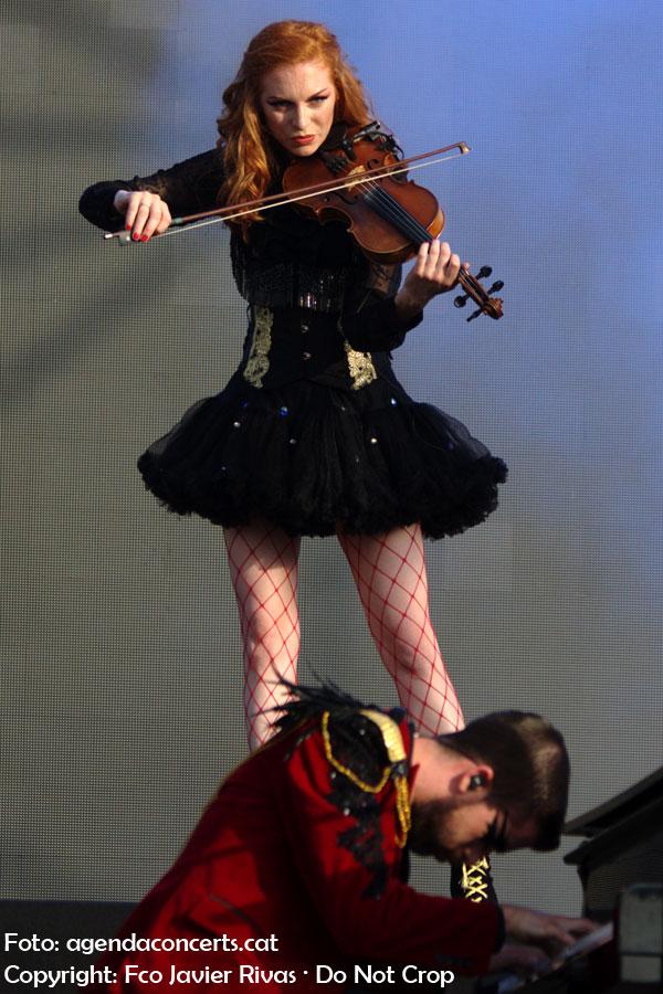 L'espectacle Music Has No Limits (MHNL), al Pride Barcelona 2018.