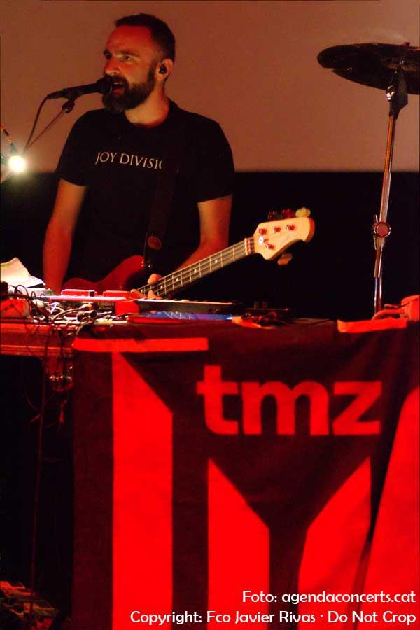Tiger Menja Zebra, actuant al festival Eufònic Urbà a l'Arts Santa Mònica de La Rambla de Barcelona.