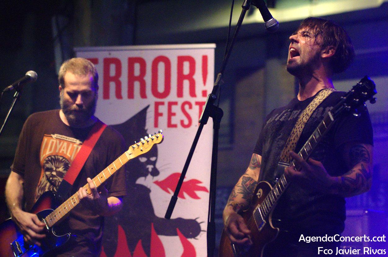 Bad Mongos, actuando en el Error Fest! durante las Fiestas de Gràcia 2019.