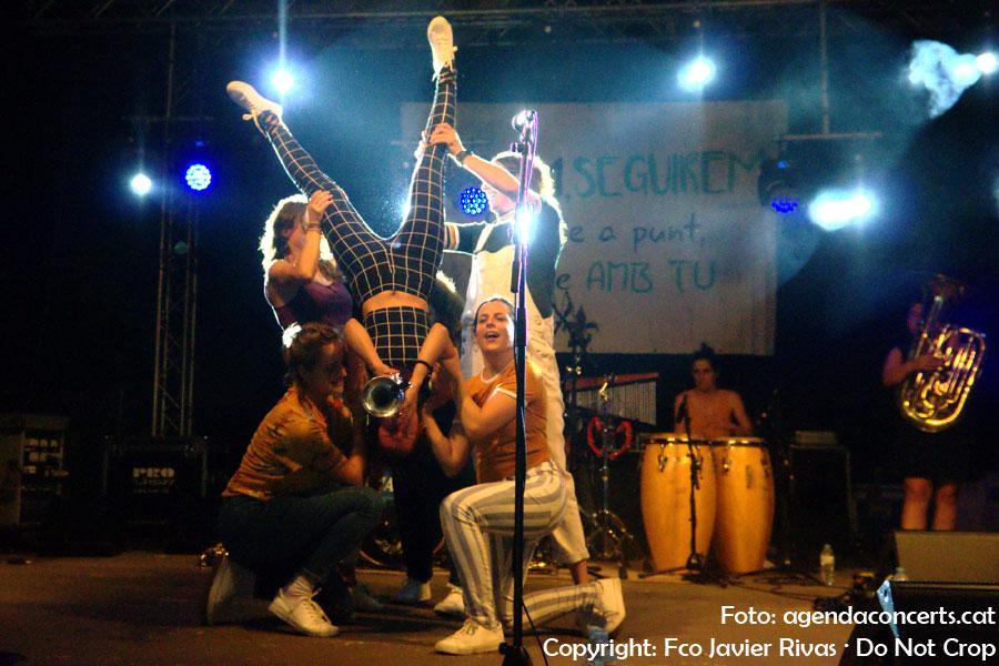 Fiesta Mayor de Olesa de Montserrat 2019: Buhos, Balkan Paradise Orchestra, Hotel Cochambre...