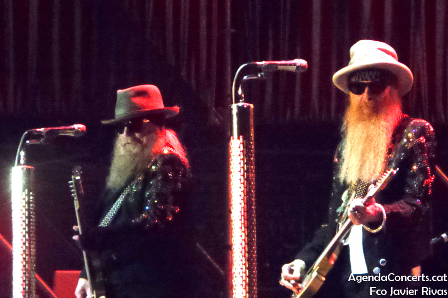 ZZ Top, performing at Rock Fest BCN 2019 in Santa Coloma de Gramenet.