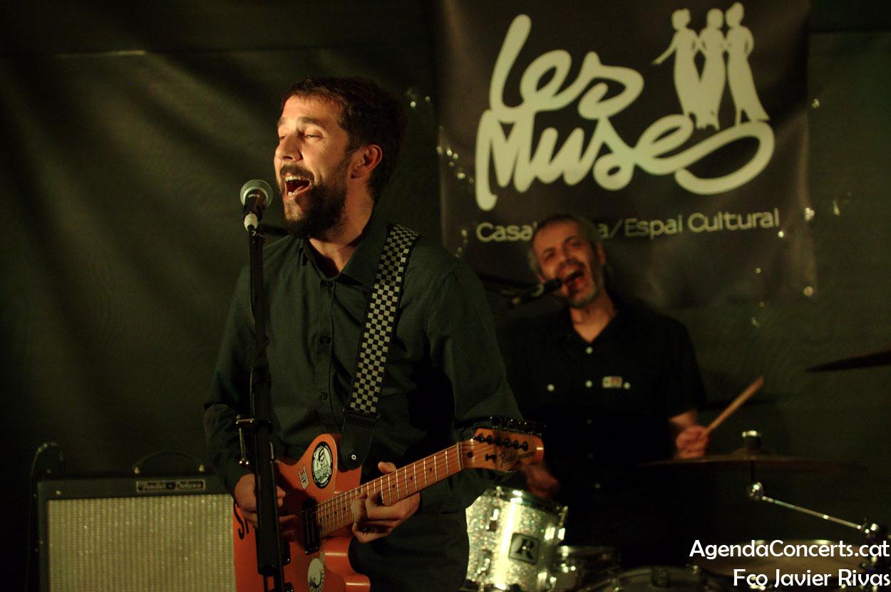Perruzo, actuant a Les Muses de Casablanca a Sant Boi de Llobregat.