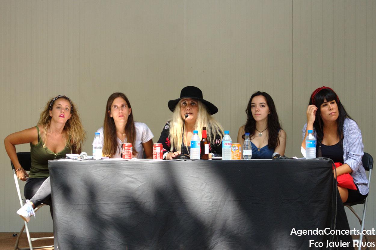 Mujeres músicos de Sant Boi, exponiendo su problemática en el Festival Altaveu 2019.