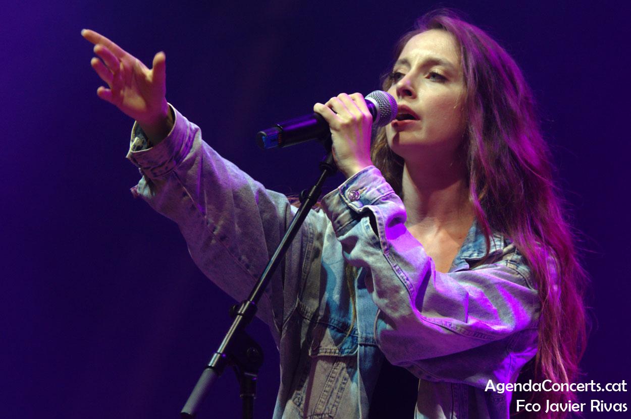Chloe Phillips, actuant a La Mercè 2019 de Barcelona.