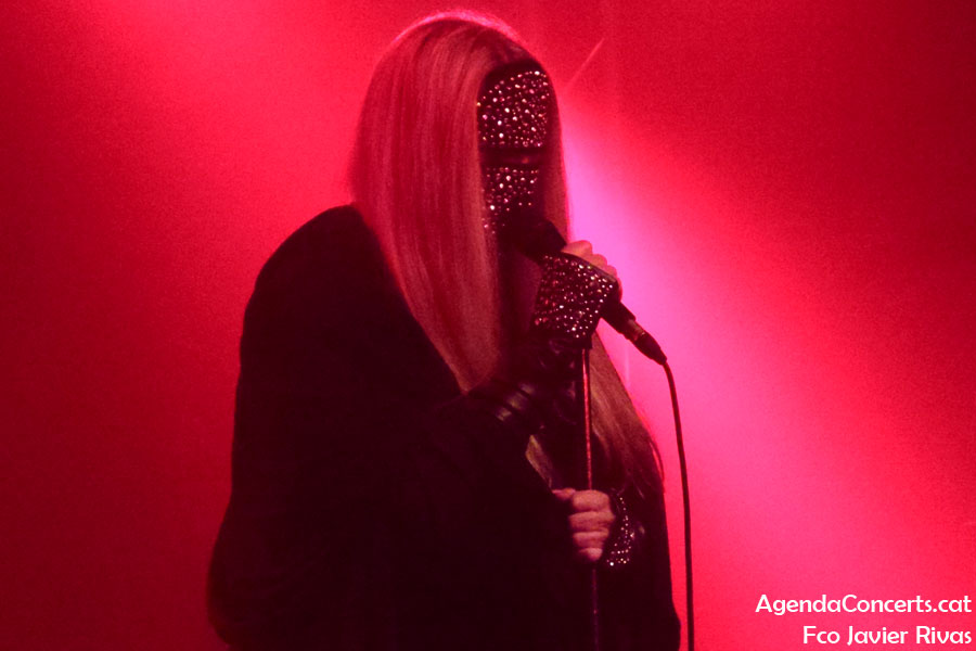 Coven, performing at Salamandra of L'Hospitalet de Llobregat.