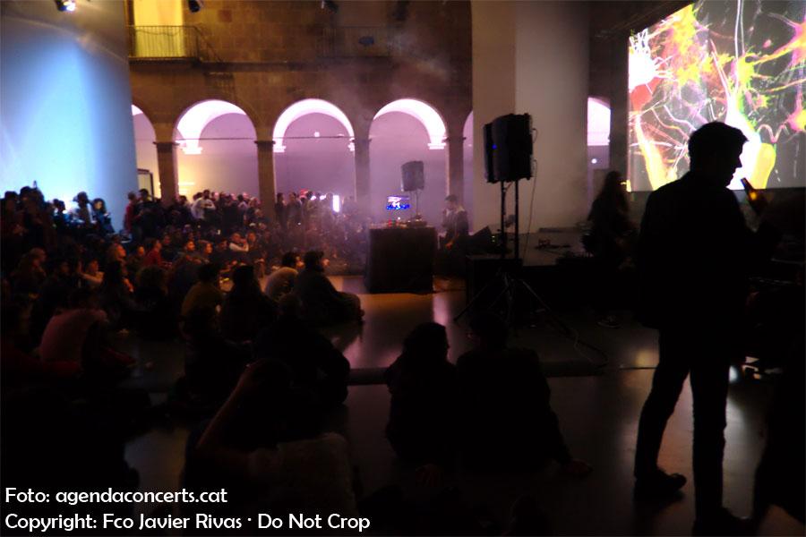 Konx-om-Pax, actuant a l'Eufònic Urbà de Barcelona.
