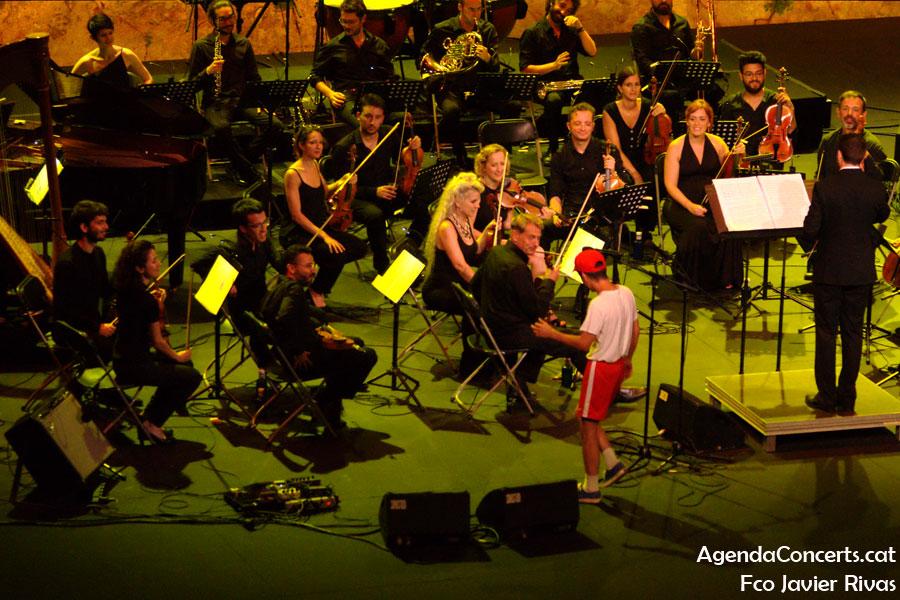 Ferran Palau, actuant al Teatre Grec de Barcelona.
