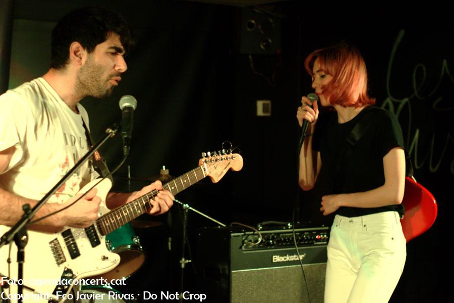 White Hounds, actuando en el Lo-Fest en Les Muses de Casablanca en Sant Boi de Llobregat.