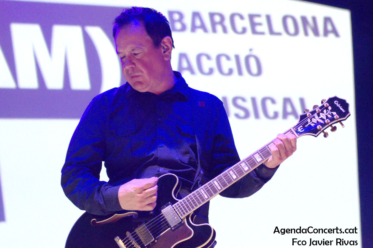 The Wedding Present, actuando en el Festival BAM de Barcelona.