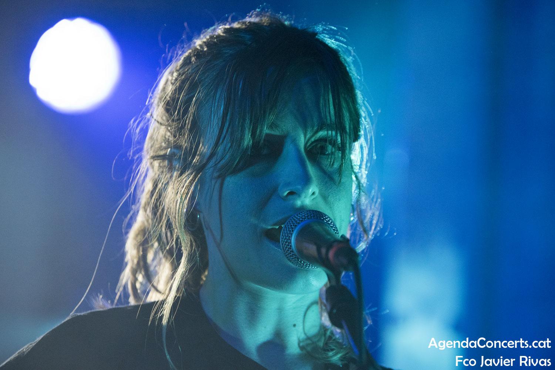 Cariño, actuant al Festival Cara·B 2020 de Barcelona.